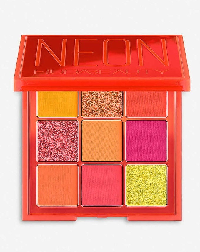 neon orange palette by HUDA.